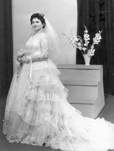 Φωτο του 1960, Μελβούρνη. Φωτεινή Κούρτη, Αγιοπετρίτισσα. Φωτογραφία από την έκθεση της Ένωσης. Αρχείο Φ.Α