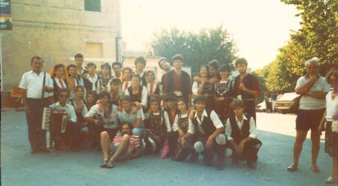 1984 apiro 1