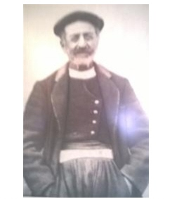 Κάτοικος (Fotis Bogordo) της Νότιας Λευκάδας, με την χαρακτηριστική φορεσιά, εκείνης της περιόδου.