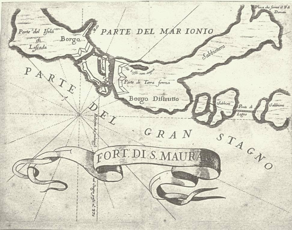 Το Κάστρο της Αγίας Μαύρας με τη γύρω περιοχή (1686). Τα σχέδιο πρωτοεμφανίστηκε το 1686 στις εκδόσεις του Vincenzo Maria Coronelli και έκτοτε έτυχε αλλεπάλληλες επανεκδόσεις και αντιγραφές. Παρουσιάζεται η περιοχή γύρω από το φρούριο. Από την πλευρά της Γύρας απεικονίζεται τμήμα του άλλοτε οικισμού (Borgo) και ο τούρκικος λιμενοβραχίονας (Μοlo). Στον χώρο της Άλλης Μεριάς διακρίνεται το αμυντικό σύστημα, το κατεστραμμένο προάστιο (Borgo distrutto) και μια χαμηλή τοποθεσία με νερό (stitto basso con acqua) δηλ. η ως σήμερα μικρή αλμυρή λίμνη.