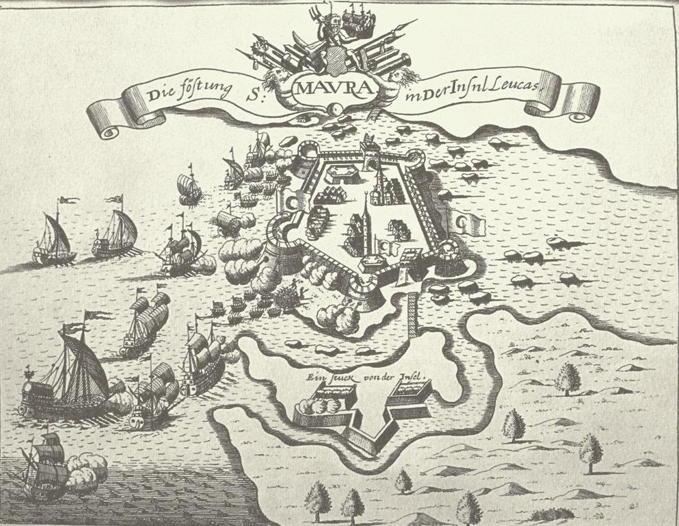 Η οχύρωση της Αγίας Μαύρας στη νήσο Λευκάδα Άγνωστη προέλευση. Χάραξη πιθανώς του 16ου αι. ή και του 17ου αι. βασισμένη σε προγενέστερο σχέδιο. Στο σχεδίασμα, το φρούριο απεικονίζεται όπως είχε διαμορφωθεί από την εποχή των Τόκκων -πενταγωνικό σχήμα με κυκλικούς πύργους. Το τέμενος με τον μιναρέ δηλώνουν την περίοδο της τουρκικής κατάκτησης. Η αναπαριστώμενη πολιορκία μία από τις πιθανές επιθέσεις των Βενετών του 1573, 1658 ή και του 1684. Την περίοδο όμως της οθωμανικής κατάκτησης το φρούριο ήταν ήδη επταγωνικό. Η μείξη λοιπόν όλων των στοιχείων και πληροφοριών συνυπάρχουν ακολουθώντας πιστά τις αρχές της εποχής για την αναπαράσταση αλλά και την πληροφόρηση.