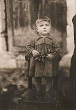 Κυριάκος Σφέτσας Kyriakos Sfetsas Αμφιλοχία, 1946 μόλις ενός έτους