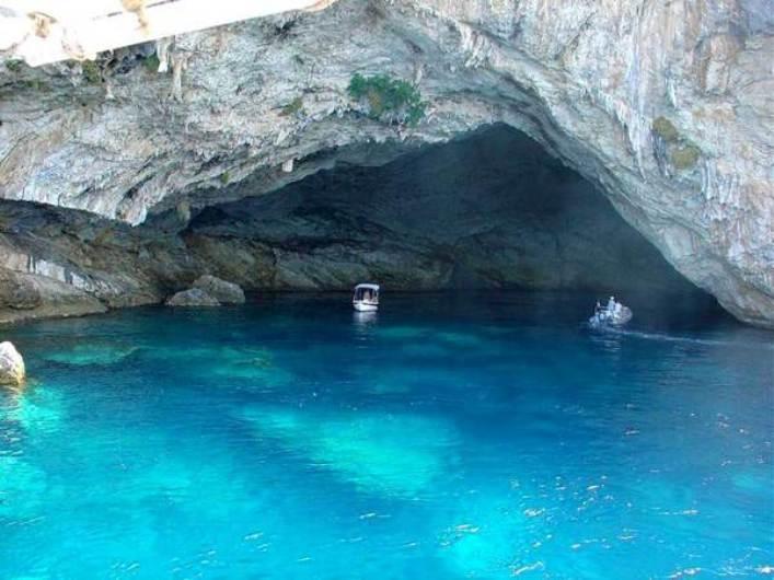 Σπηλιά Παπανικολή