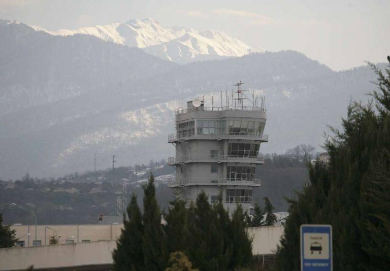 Ο πύργος ελέγχου στο αεροδρόμιο του Σότσι (REUTERS/Kazbek Basayev)